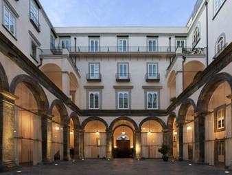 Elenco alberghi di napoli elenco hotels campania guida - Mobilifici campania ...