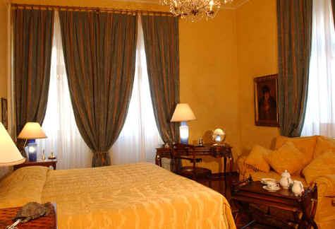 Alberghi a trieste hotels guida alberghiera cranchi guida for Mobilifici italiani elenco fabbriche mobili in italia