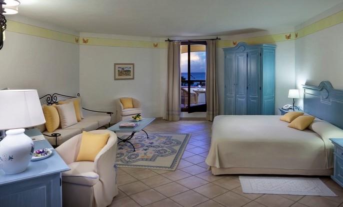 Costa smeralda hotels elenco alberghi di sassari hotels for Migliori mobilifici italiani