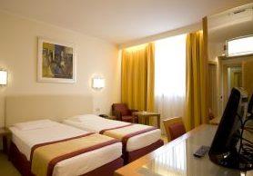 Elenco alberghi a bibione veneto hotels provincia for Migliori mobilifici italiani